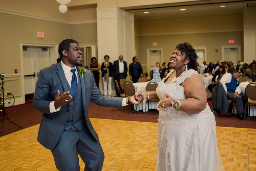 Moss_Robinson_ValerieCo.Photographers_MossRobinsonWedding478_0_low